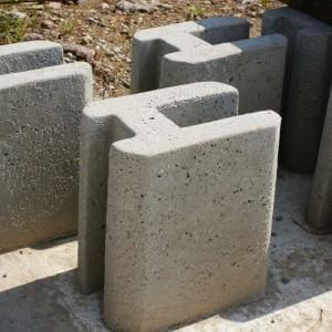Pustak betonowy 03